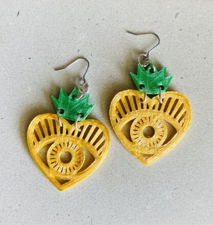 Queen of Hearts 3D Printed Dangle Earrings- Gold