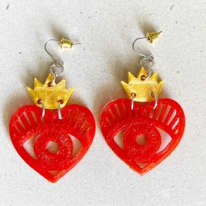 Queen of Hearts 3D Printed Dangle Earrings- Red